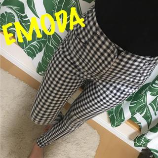エモダ(EMODA)の꒡̈⃝✰︎EMODA チェック柄ハイウエスト(カジュアルパンツ)
