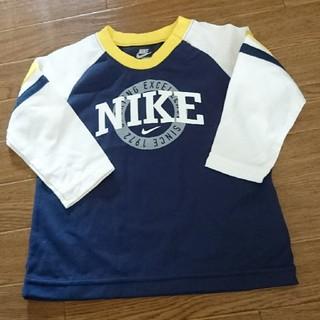 NIKE - 新品☆ナイキ長袖シャツ