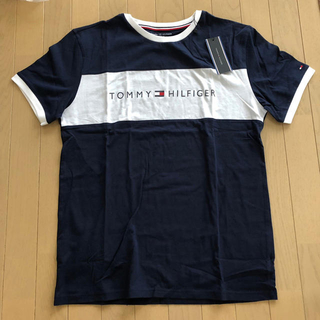 TOMMY HILFIGER - 【新品未使用タグ付き】TOMMY HILFIGER Tシャツ 大人気 紺 M
