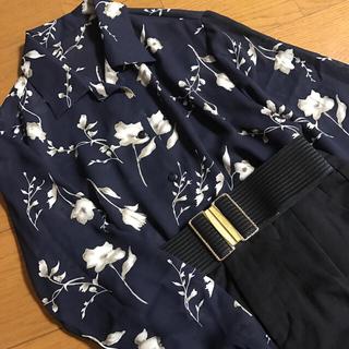 グリモワール(Grimoire)の透け感 ゆったり オープンカラー 花柄シャツ フラワー アンティーク(シャツ/ブラウス(長袖/七分))
