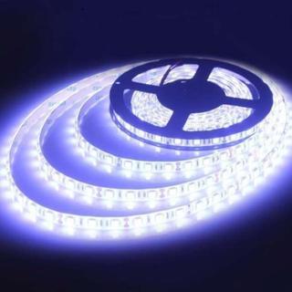 【今季★注目】5m LEDテープ・イルミネーション 防水 ホワイト(トラック・バス用品)