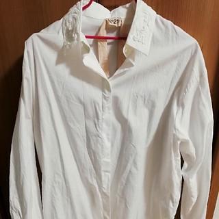ヌメロヴェントゥーノ(N°21)のn21 白シャツ(シャツ/ブラウス(長袖/七分))