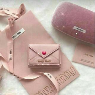 miumiu - 大人気MIUMIU ミニ財布