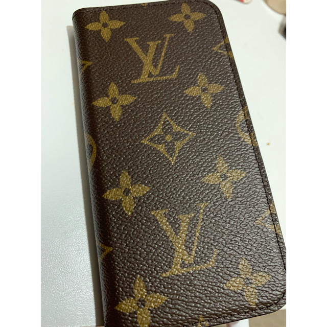 LOUIS VUITTON - ルイヴィトンiPhoneカバーの通販 by みい|ルイヴィトンならラクマ