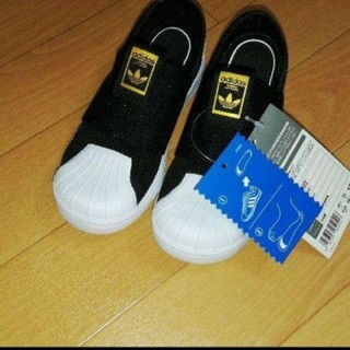 アディダス(adidas)の訳あり!新品タグつきadidasスーパースター12センチ(スリッポン)
