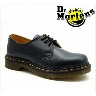 ドクターマーチン(Dr.Martens)のDr. Martens3ホール新品未使用 ブラック UK9(ブーツ)