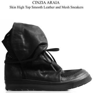リックオウエンス(Rick Owens)のCINZIA ARAIA(チンツィア アライア) ブーツ(ブーツ)