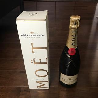 モエエシャンドン(MOËT & CHANDON)のMOËT シャンパン 750ml 箱有り(シャンパン/スパークリングワイン)