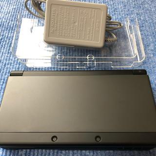 ニンテンドー3DS - 美品 ニンテンドー  New 3DS 本体カバー 充電器