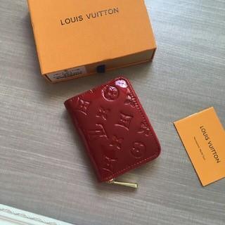 ルイヴィトン(LOUIS VUITTON)のLOUIS VUITTON ルイヴィトン 短財布 便利 小銭入れあり(財布)