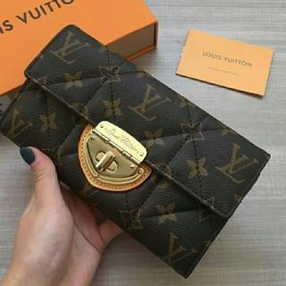 ルイヴィトン(LOUIS VUITTON)の人気  美品  ルイヴィトン   モノグラム 長財布  未使用(財布)