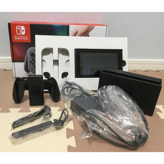 ニンテンドースイッチ(Nintendo Switch)のニンテンドースイッチ 本体 (ジョイコン無し・ その他は揃っています☆)(家庭用ゲーム本体)