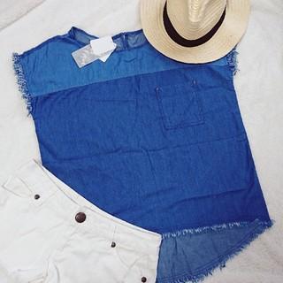 シマムラ(しまむら)の新品タグ付き デニムフリンジトップス 胸ポケット オーバーサイズT Lサイズ(Tシャツ(半袖/袖なし))