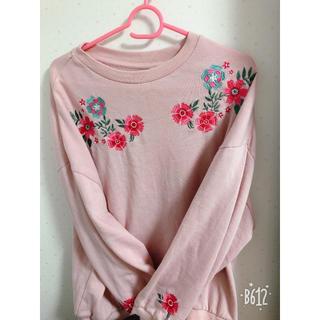 刺繍入りシャツ(Tシャツ(長袖/七分))