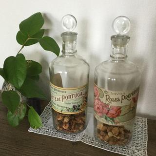 アンティーク花柄ボトル2個(その他)