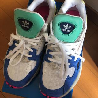 アディダス(adidas)のadidas originals ファルコン ホワイト 希少 23.5(スニーカー)
