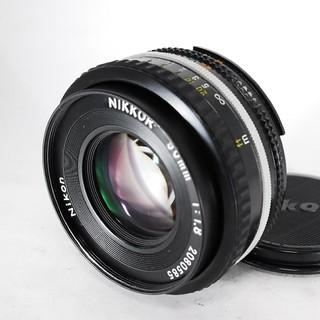 ニコン(Nikon)の❤美品♪素晴らしいボケ感❤Nikon Ai-s NIKKOR 50mm F1.8(レンズ(単焦点))