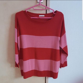 ピンクと赤の長袖(Tシャツ(長袖/七分))