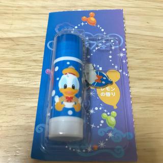 ディズニー(Disney)のディズニーランド ドナルド リップクリーム 未使用(リップケア/リップクリーム)