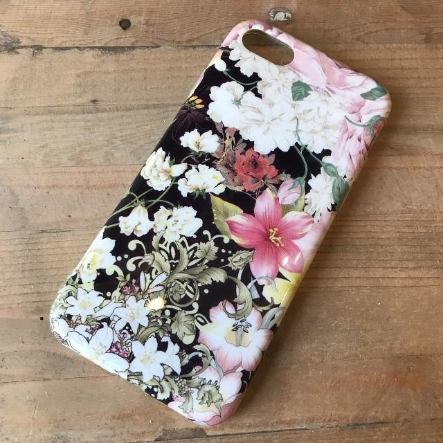 nike iphonexr ケース 財布型 | ♡新品♡花柄 黒 iPhone7 / 8 ケース アイフォン カバーの通販 by saaa's shop|ラクマ