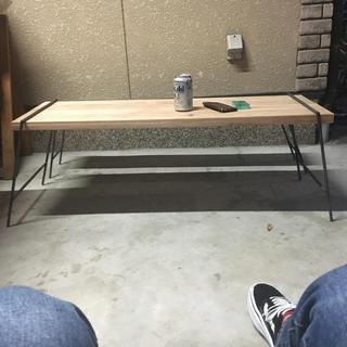 組み立て式テーブル(家具)