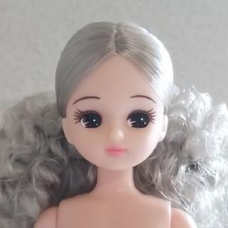 リカちゃんキャッスル スペシャルリカちゃん 銀髪 カーリーポニーテール