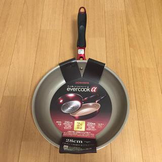 ドウシシャ(ドウシシャ)の新品 エバークック アルファ evercook α 28㎝ フライパン(鍋/フライパン)