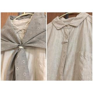 サンバレー(SUNVALLEY)のSUN VALLEY サンバレー シャツワンピース スカーフ付き ナチュラル 麻(ひざ丈ワンピース)