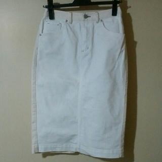 デンドロビウム(DENDROBIUM)のDENDROBIUMホワイトデニムタイトスカート(ひざ丈スカート)