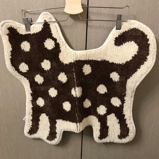猫 バスマット ねこ ネコ ミニラグ マット 玄関マット 可愛い ダイカット(バスマット)
