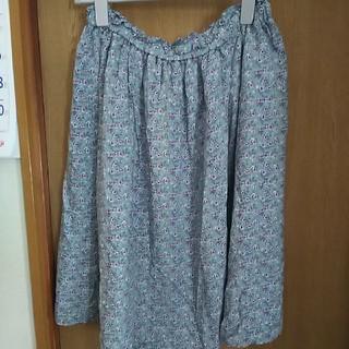 Mママ様専用⭐大きいサイズ🎵花柄スカート(ひざ丈スカート)