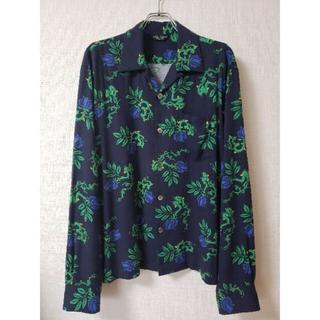 アンユーズド(UNUSED)のunused rose pattern shirt サイズ2(シャツ)
