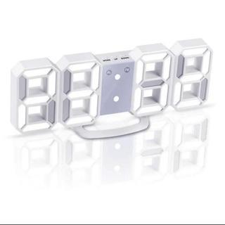 ☆大人気☆ 大人気★LEDデジタル時計 3Dデザイン アラーム機能付き置き時計(置時計)