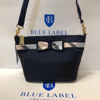 バーバリーブルーレーベル(BURBERRY BLUE LABEL)のブルーレーベルクレストブリッジショルダーナイロンバック紺(ショルダーバッグ)