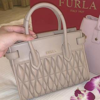 Furla - 週末限定値下げ❤︎*新品未使用*フルラ コメタ ショルダーバッグ
