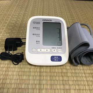 オムロン(OMRON)のオムロン  自動血圧計(体重計/体脂肪計)