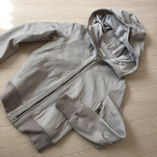 ナンバーヨンジューヨン(n°44)のn°44 ラム革 フードパーカージャケット(ライダースジャケット)