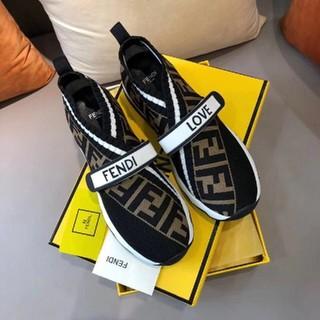 フェンディ(FENDI)の新品 FENDI レディース 靴/シューズ (スニーカー)