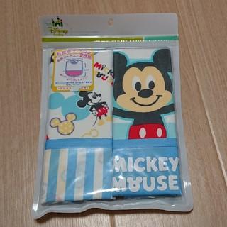 ディズニー(Disney)の【新品・未開封】お食事エプロン 2枚組  ミッキーマウス(お食事エプロン)