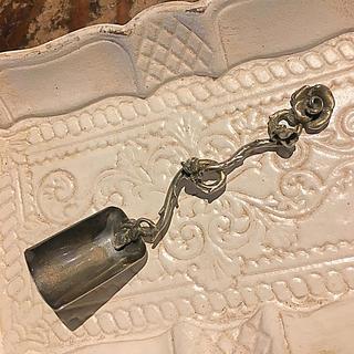 イタリア製アンティークシルバースプーン ローズ(金属工芸)