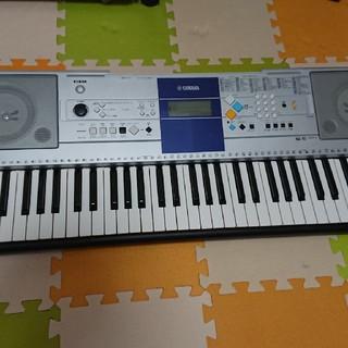 ヤマハ(ヤマハ)の《yamada様専用》 YAMAHA  キーボード PSR-E323      (電子ピアノ)