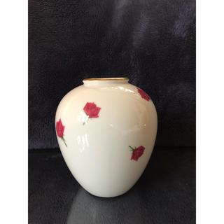 ノリタケ(Noritake)の花瓶  ノリタケ美品(花瓶)