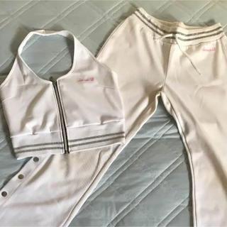 スウィートビー(SWEET.B)のSweet B セットアップ ジャージ ホルター 白スイートビー ダンス 衣装(セット/コーデ)