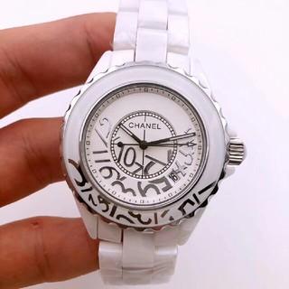 CHANEL - CHANELシャネル 腕時計 ジェイトゥエルヴ ホワイト中古