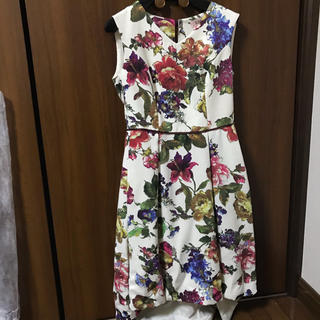 エメ(AIMER)の最終価格!テールカット花柄ドレス☆1度のみ使用(ミディアムドレス)