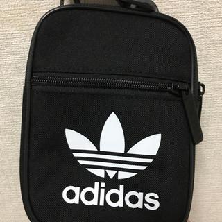 アディダス(adidas)のバッグ(礼服/喪服)
