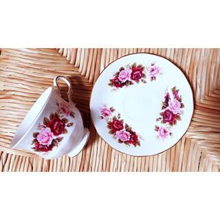 """queen anne""roses teacup / バラのカップソーサー"