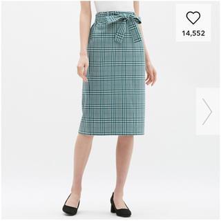 ジーユー(GU)のウエストリボンチェックナローミディスカート(ひざ丈スカート)