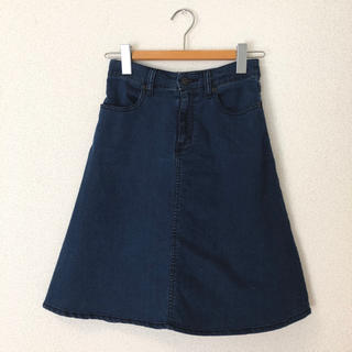 ジーユー(GU)の【美品】デニムフレアスカート  GU(ひざ丈スカート)