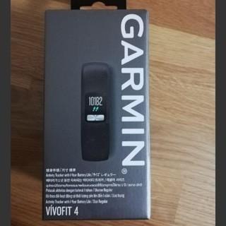 ガーミン(GARMIN)のGARMIN VIVOFIT4(その他)